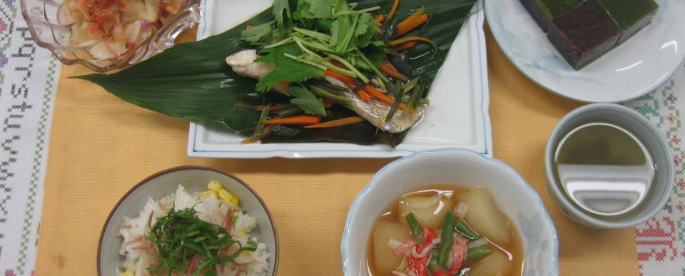 「梅雨の薬膳〜むくみ予防」6月 初級 はと麦ととうもろこしのご飯 魚(すずき)の更紗蒸し